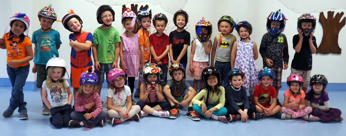happy-helmet-day-2015-1st-prize-mrs-laursens-kindergarten-students